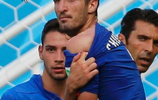 Luis Suarez fined for allegedly biting Italian player Giorgio Chiellini