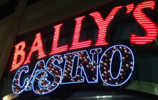 Bally's Casino will close in 2015?